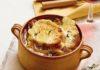 Supa de ceapa cu crutoane sunca si crusta de branza
