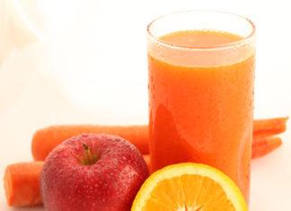 Smoothie de portocala, mar si morcov