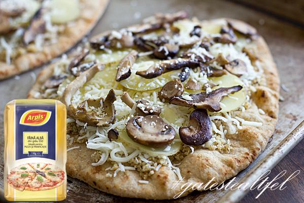 Pizza cu cartofi si ciuperci