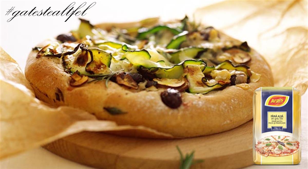 Pizza cu ciuperci sau dovlecei
