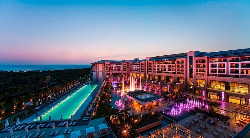 regnum carya resort night