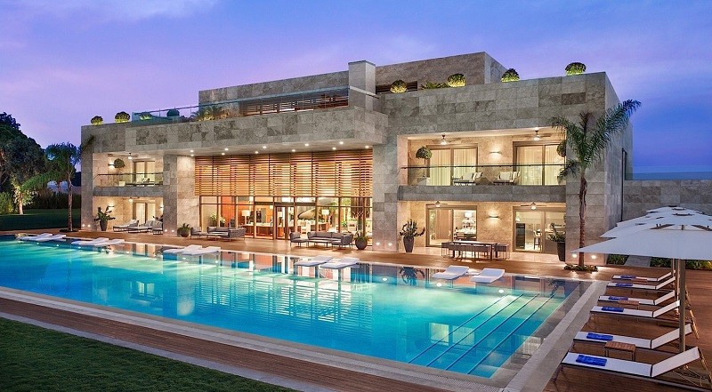 regnum carya resort pool 1