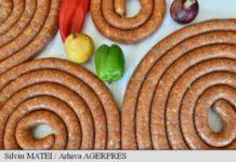 Retete vechi de 100 de ani: Carnati din pasere si Omleta surpriza