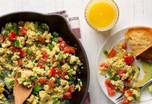 scrambled cu legume